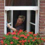 Come lavare i vetri con rimedi naturali