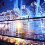 Quanta plastica produci ogni anno per bere?