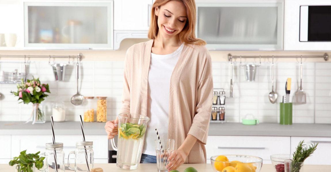 Come prepare una bevanda detox in casa